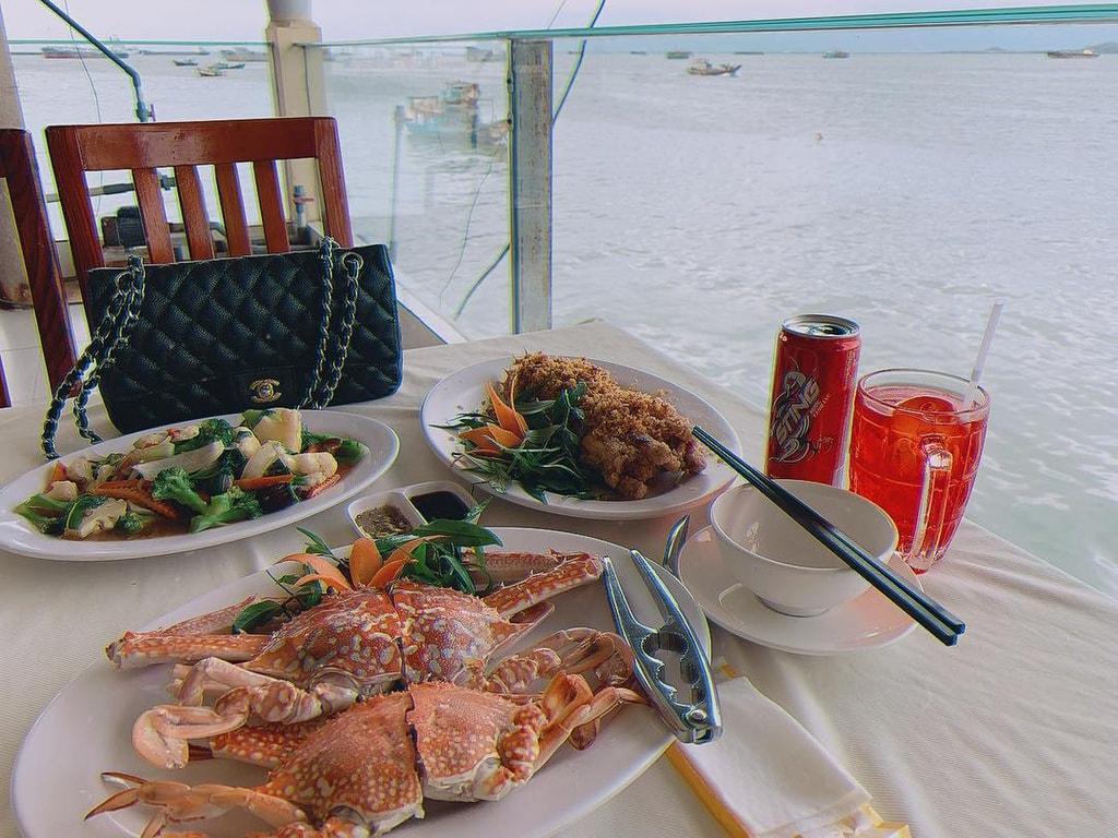 La Sirena Seafood Restaurant